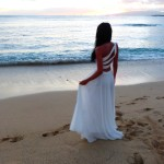 Brautkleid Flitterwochen Waikiki Hawaii