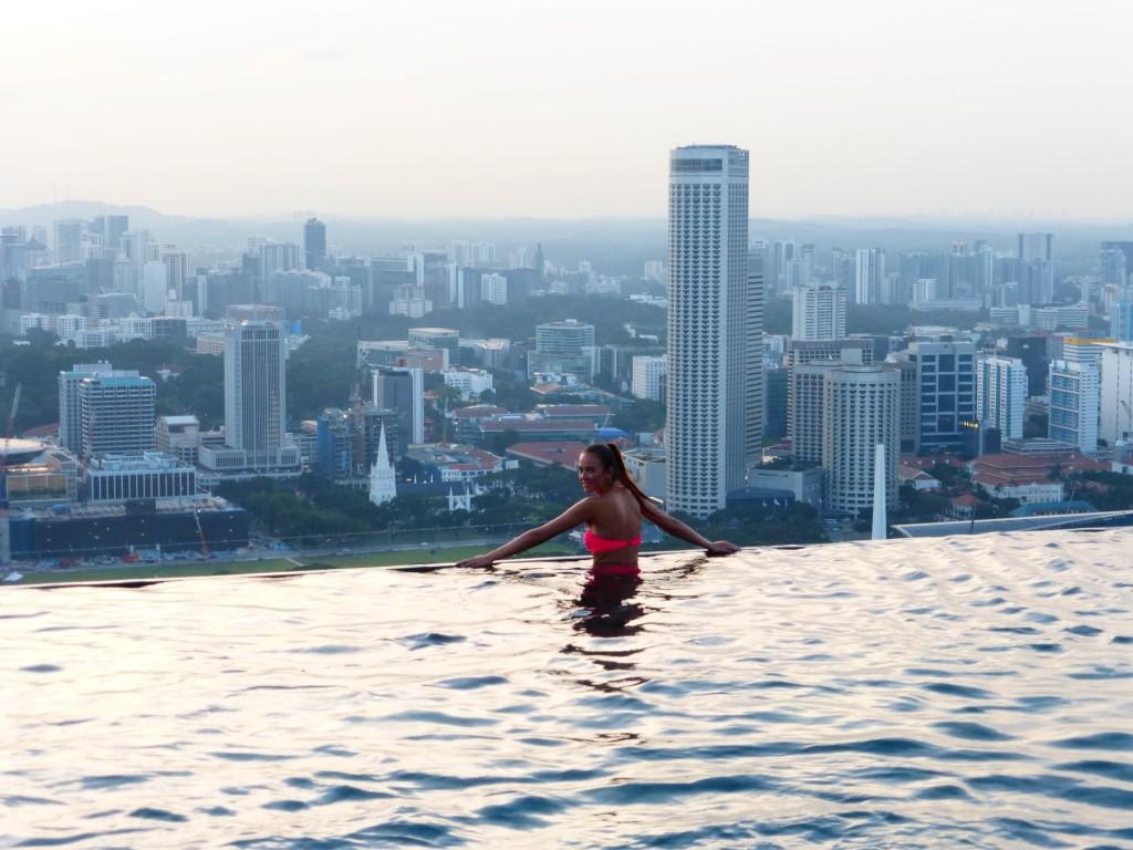 das marina bay sands in singapur urlaub im ber hmtesten pool der welt. Black Bedroom Furniture Sets. Home Design Ideas