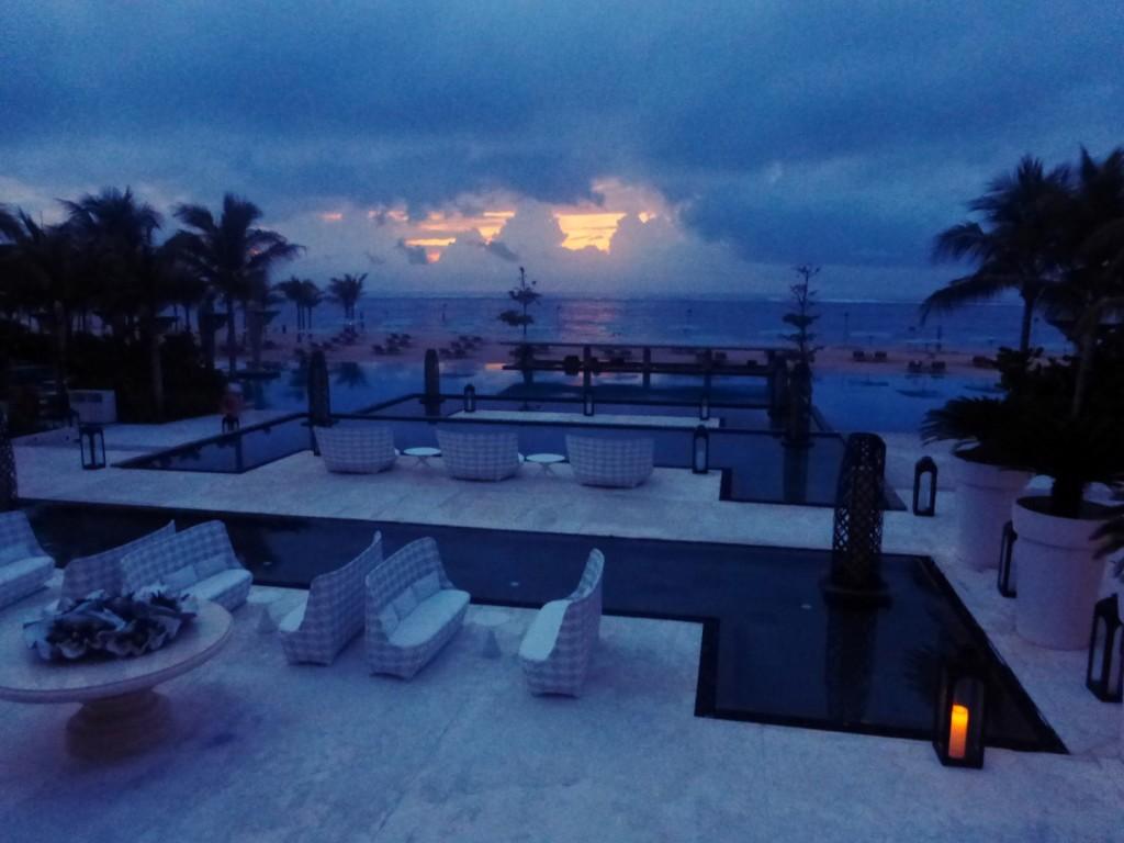 Mulia Bali Pool Sky Bar