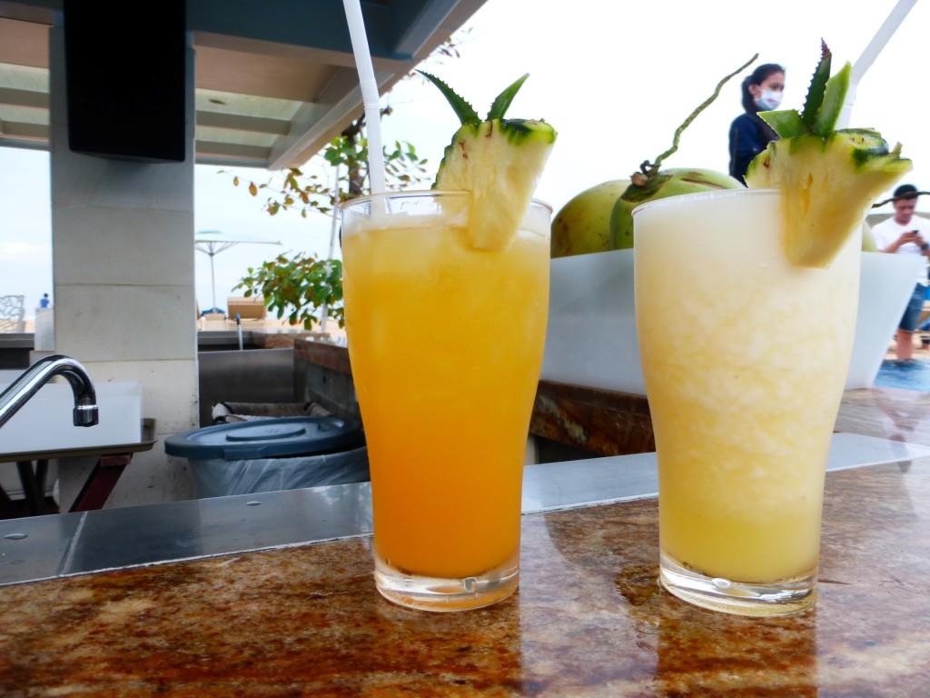 Cocktails Poolbar