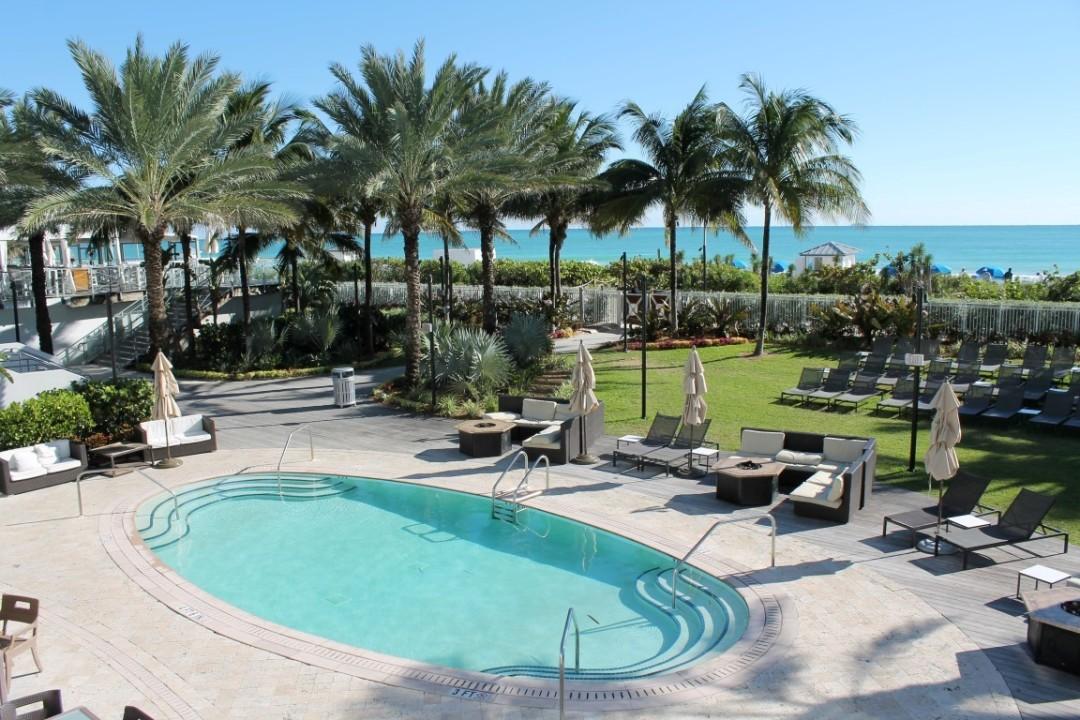 Eden Roc Miami Beach Pool