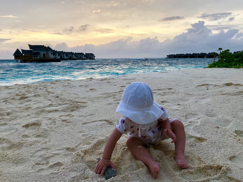 Jumeirah Vittaveli Malediven mit Kind