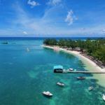 Club Med La Pointe aux Canonniers aus der Luft, vom Boden und aus dem Wasser
