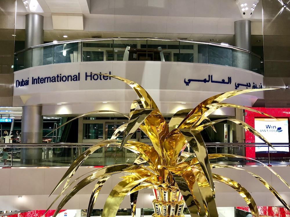 Emirates Fliegen mit Kind Langstreckenflug - Reiseblog ferntastisch